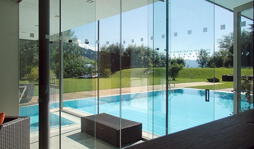 Hotel Schiff - Pool & Gartenanlage