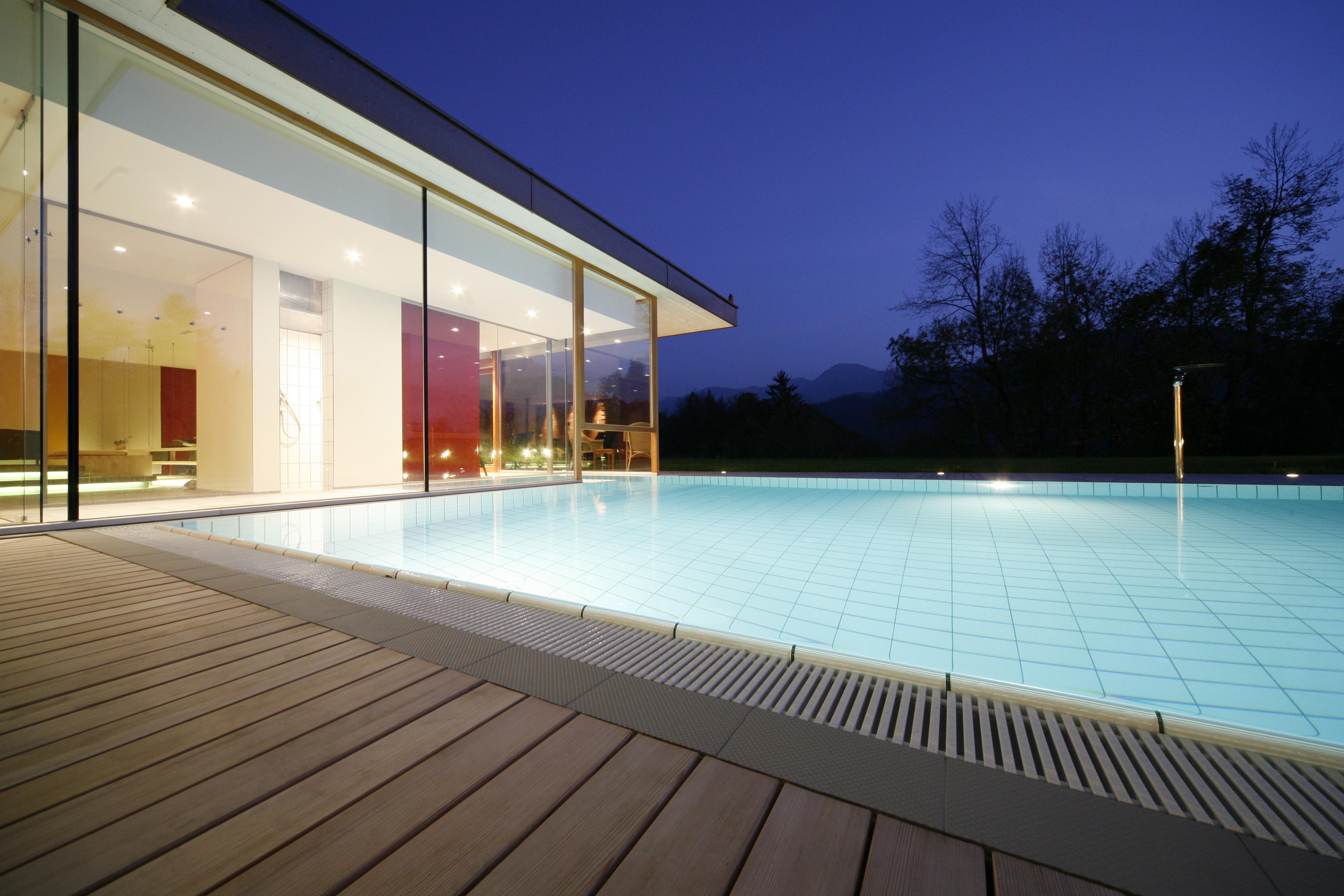 entspannen romantikhotel das schiff hittisau. Black Bedroom Furniture Sets. Home Design Ideas