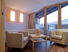 Suite 420